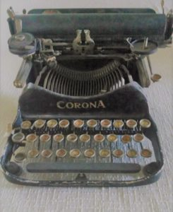 old fashioned corona typewriter